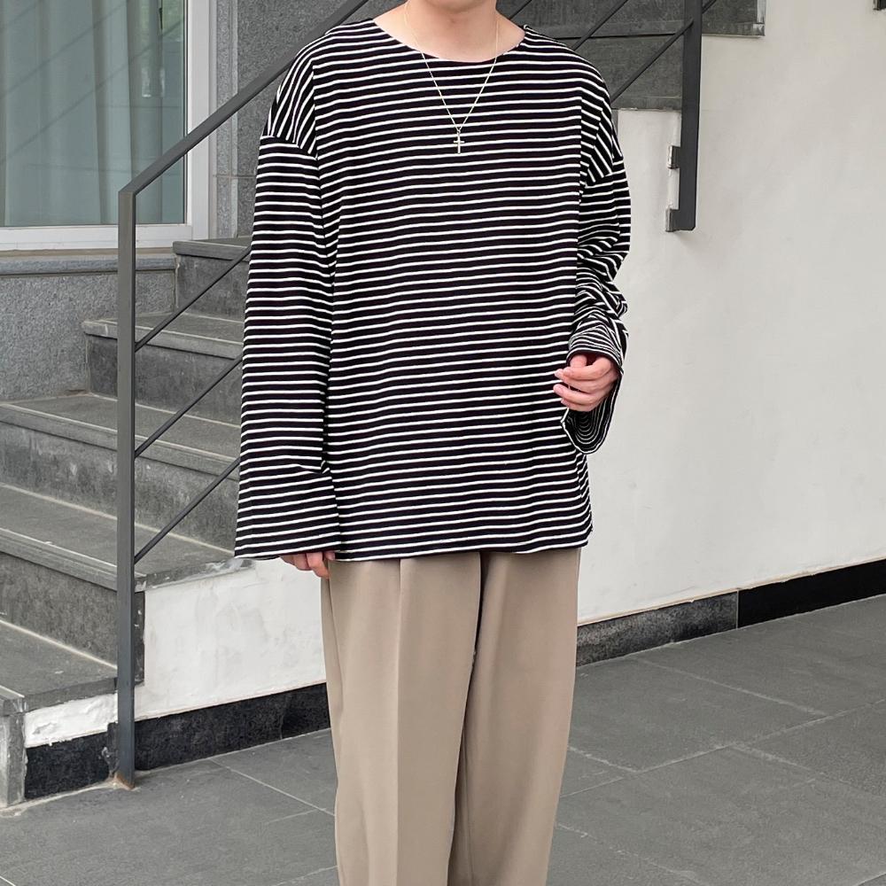긴팔 티셔츠 모델 착용 이미지-S1L29